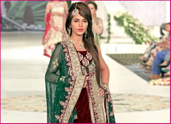 Designers-Dresses-Collection-At-Pantene-Bridal-Couture-Week-PBCW-2013