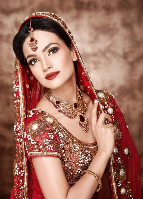 Latest-Bridal-Makeup-Design