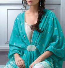 Bareeze_Embroidered_Classics_Exclusive_Eid_mid_summer_Collection_2013_12_17-220x230