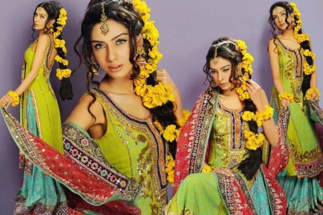 Mehndi Flower Jewellery In : Floral jewellery for mehndi girls mag