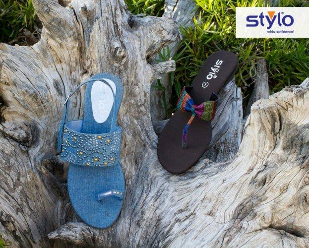 Stylo-Shoes-Latest-Eid-Summer-Footwear-Collection-2012-For-Women-001