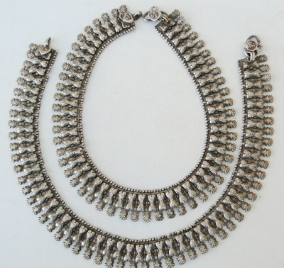 ethnic-silver-tribal-anklet-pair-from-rajasthan-ebay.com_-400x378