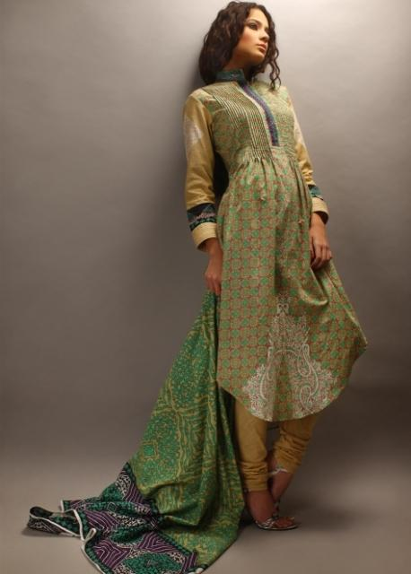 Orient-Textiles-Winter-Khaddar-Collection-2012-13-For-Women-02