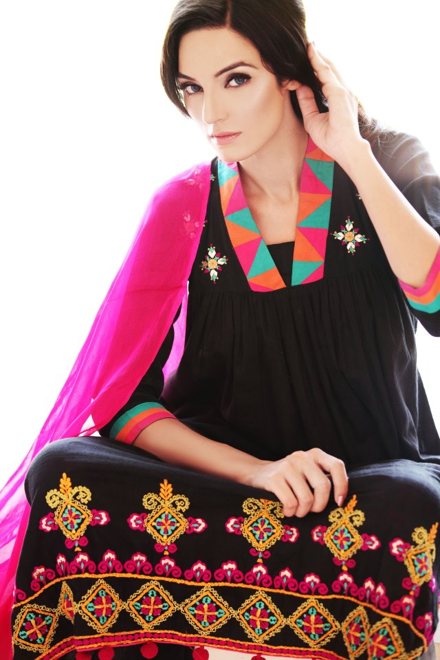 Embroidered-Fall-Winter-_Cotton_-Collection-_by-_Cynosure_6