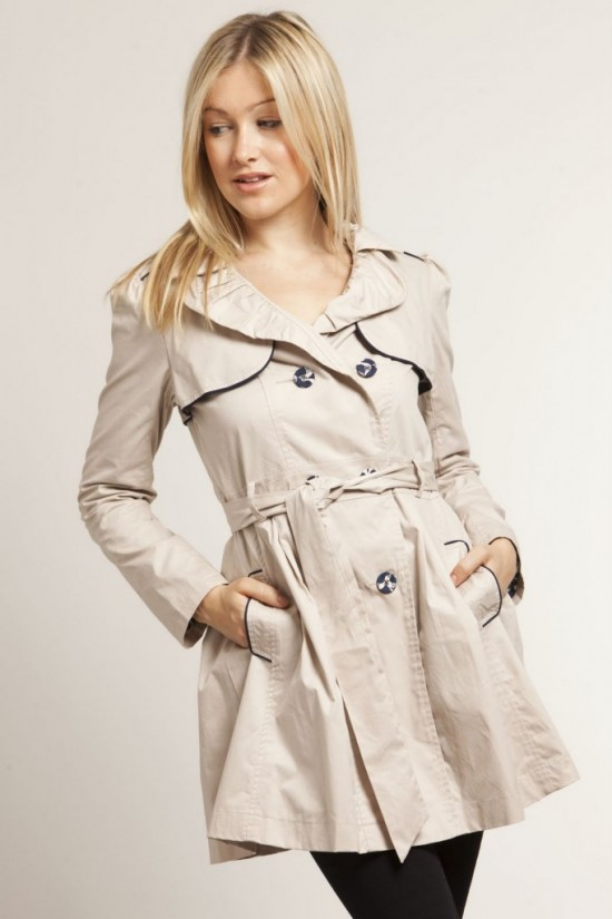 coats-women-Fashion-Style-Coat-Women-of-2012-Modis-and-Elegant1-550x825