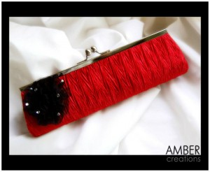 Beautiful-Clutches_By_amber_creations-stylish-_clutches_ajewelrystyle.com1_-300x246