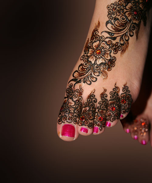 New-Pakistani-Arabic-Bridal-Mehndi-Designs-2013-For-Brides-6