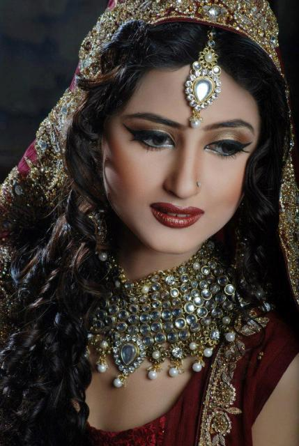 Pakistani-Top-Model-Actress-Sajal-Ali-Latest-Bridal-Makeover-Shoot-2012_01