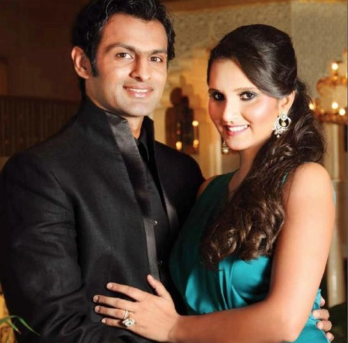 Sania-Mirza-Shoaib-Malik-in-Hello-Pakistan