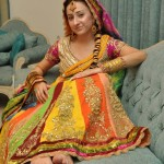 Mehndi-Dresses-Trends-2014-In-Pakistan-007.jpgoo