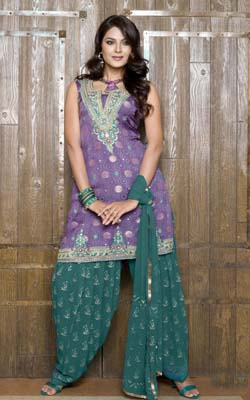 Patiala Salwar Kameez-Taste of Punjabi Ethnicity