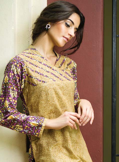 Khaddar-Dresses-Winter-Collection-2014-For-Women-by-Alkaram-3