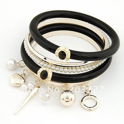 fashion-bangles-bangles-black