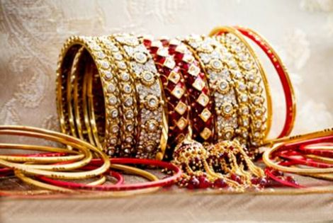 Indian-Bridal-Gold-Bangles-New-Designs-2015-Gold-Bangles-Latest-Designs-2015-2