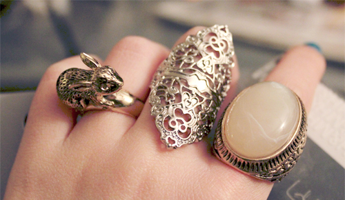 stylish deals finger dealdey banner rings