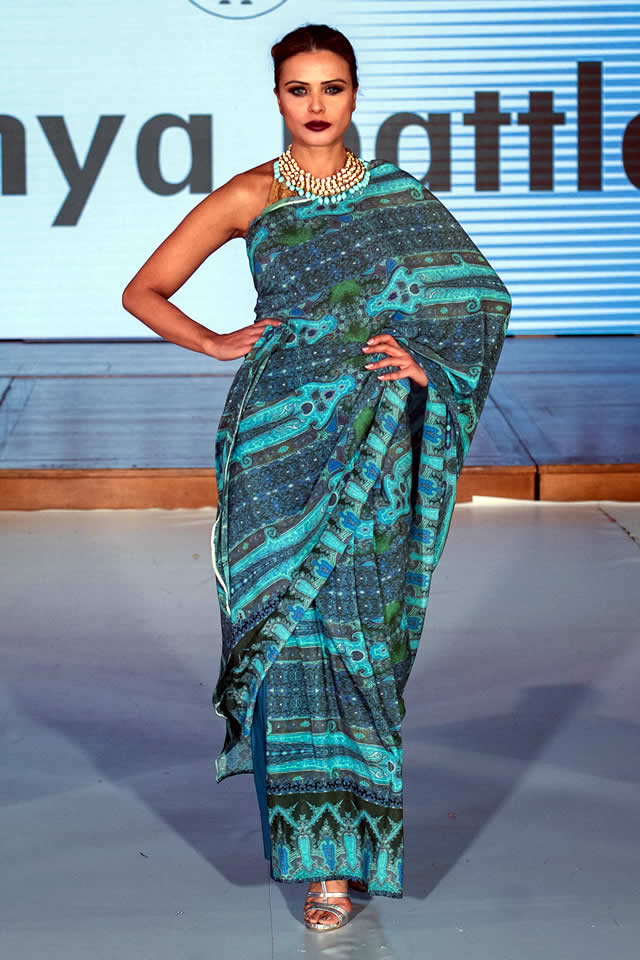 Sonya_Battla_Pakistan_Fashion_Week_London_2