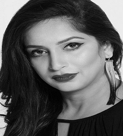 Founder Of s.h.a.p.e.s. Brow Bars_Reema Khan_girlsmagpk.com