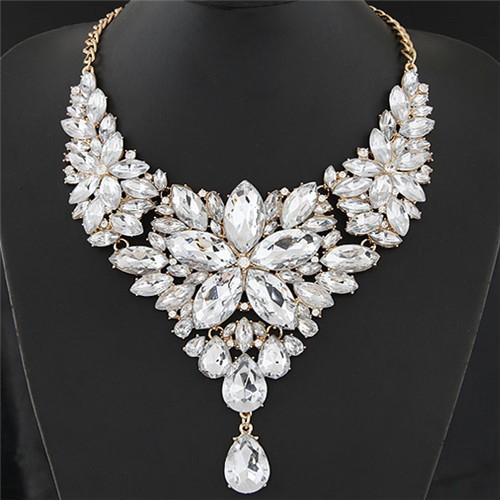 resplendent-ice-crystal-flower-design-statement-fashion-necklace-white