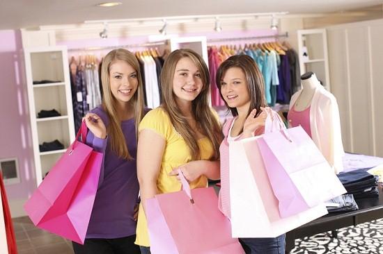 Teens-shopping