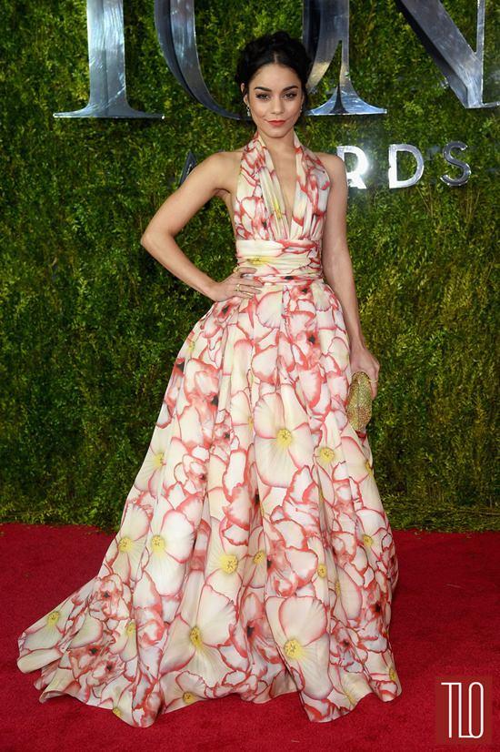 Vanessa-Hudgens-Tony-Awards-2015-Red-Carpet-Fashion-Naeem-Khan-Tom-Lorenzo-Site-TLO-2